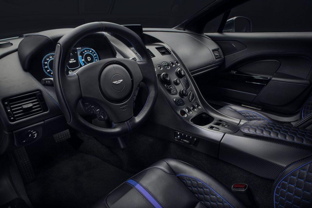 Aston Martin RapidE 2019, салон