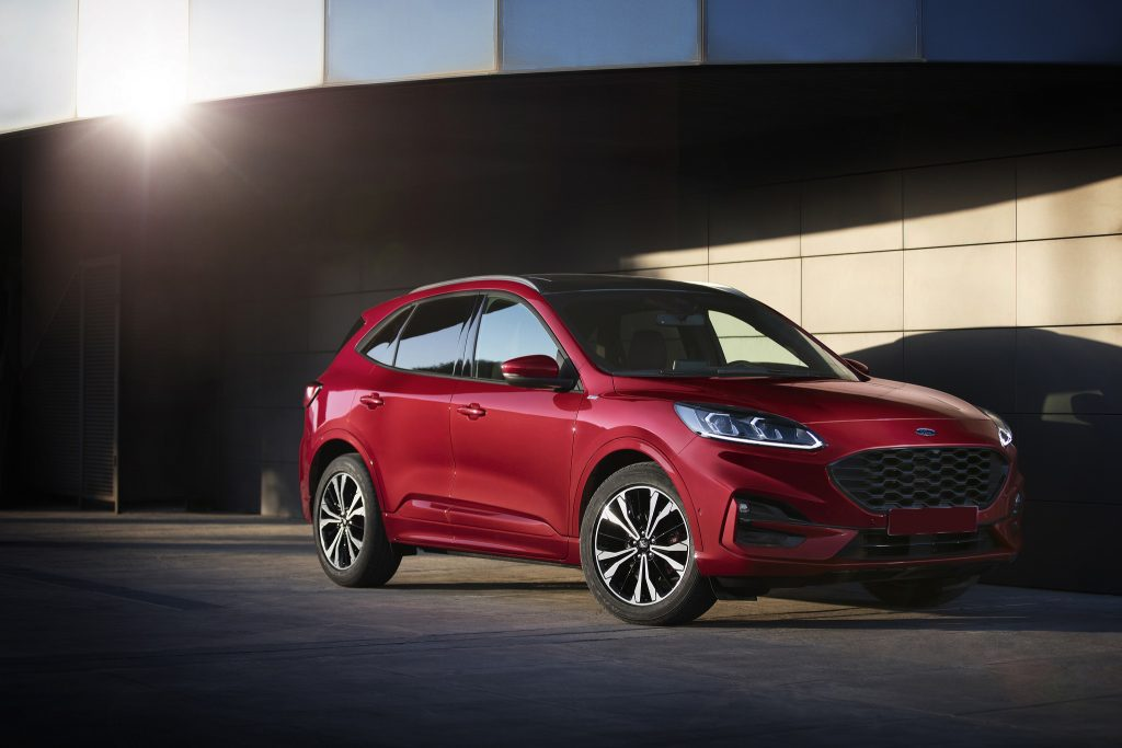 Ford Kuga 2019, вид спереди