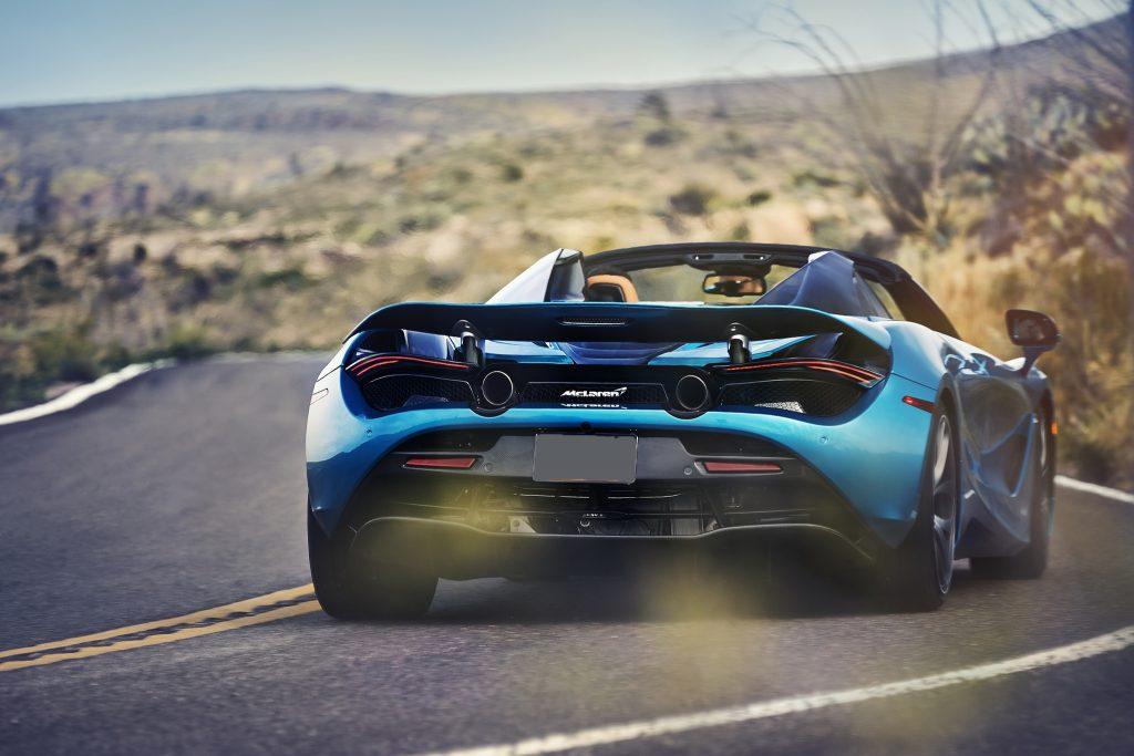 McLaren 720S Spider 2019, вид сзади