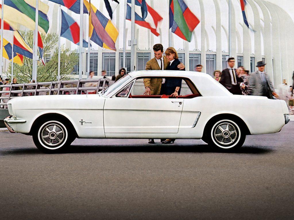 Первый Ford Mustang 1964 года