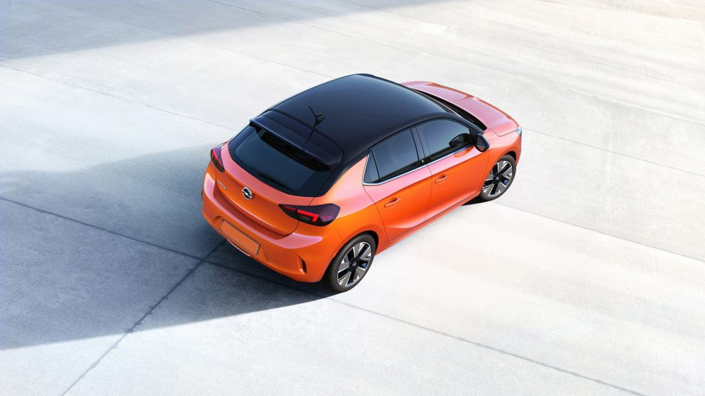 Opel Corsa 2019, вид сверху