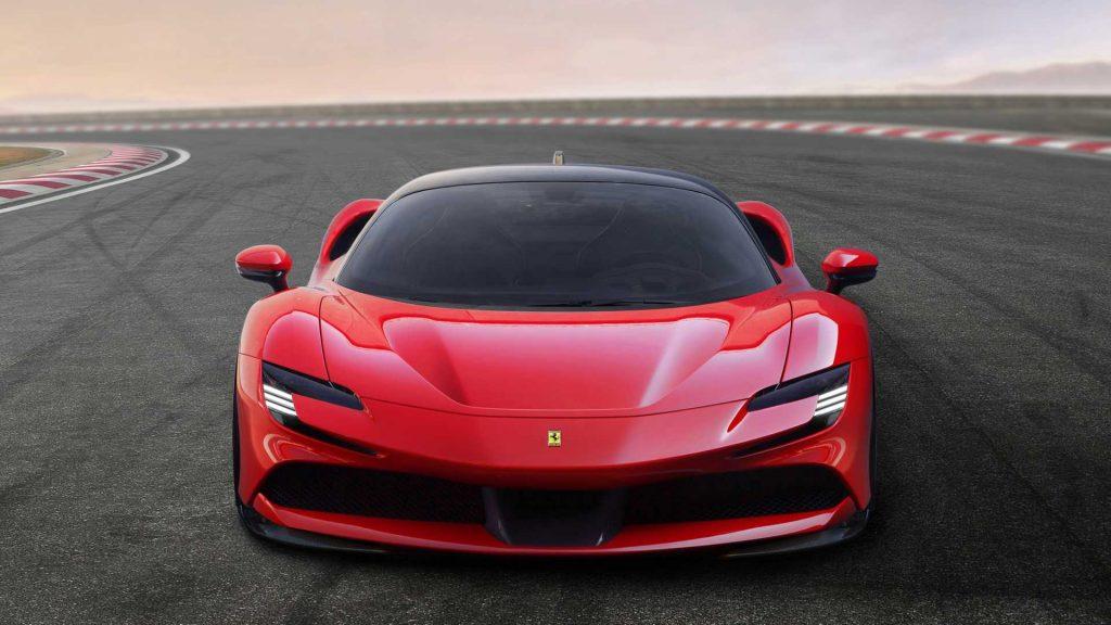 Ferrari SF90 Stradale 2019, вид спереди