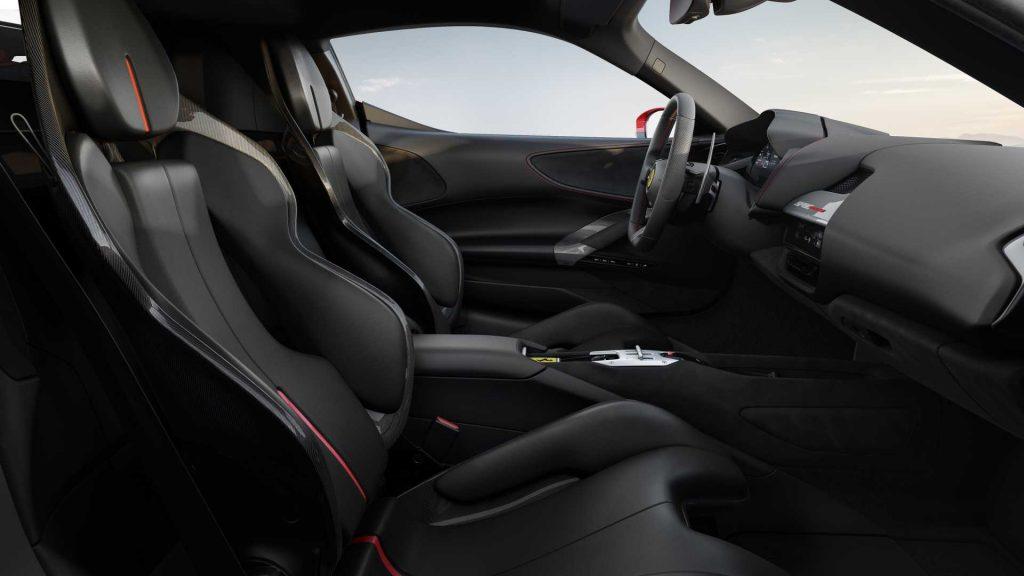 Новый Ferrari SF90 Stradale, сиденья