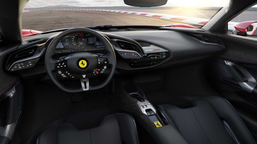 Ferrari SF90 Stradale, передняя панель