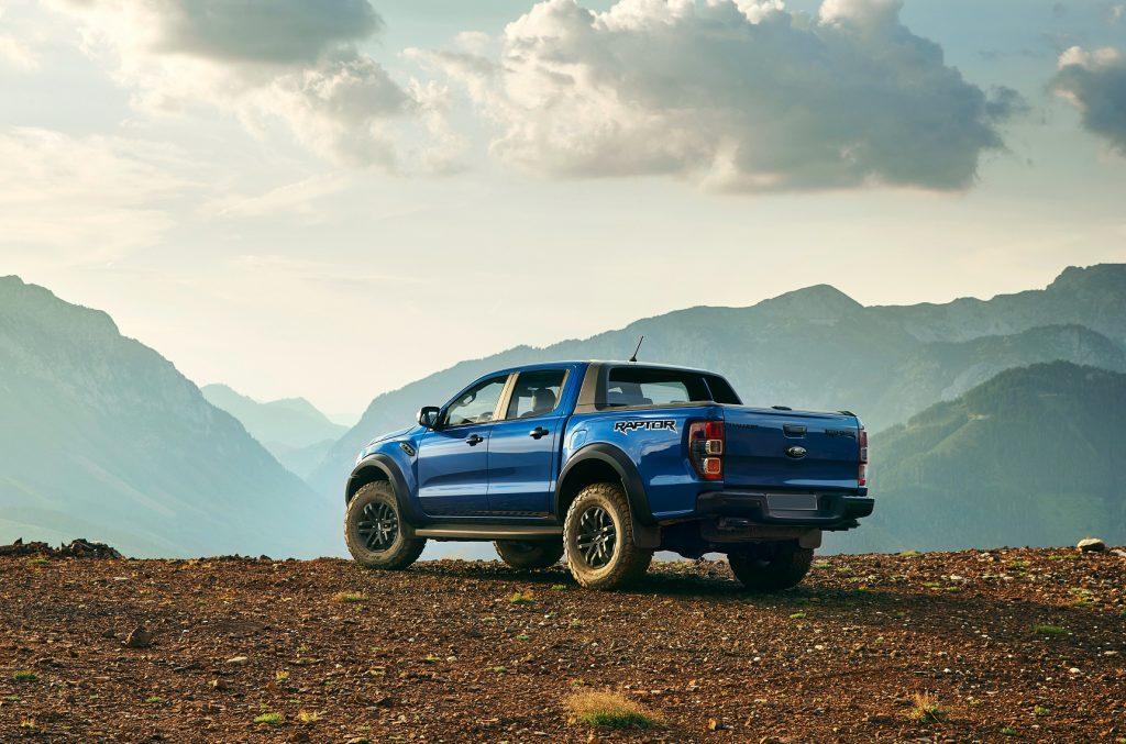 Ford Ranger Raptor, вид на заднюю диагональ