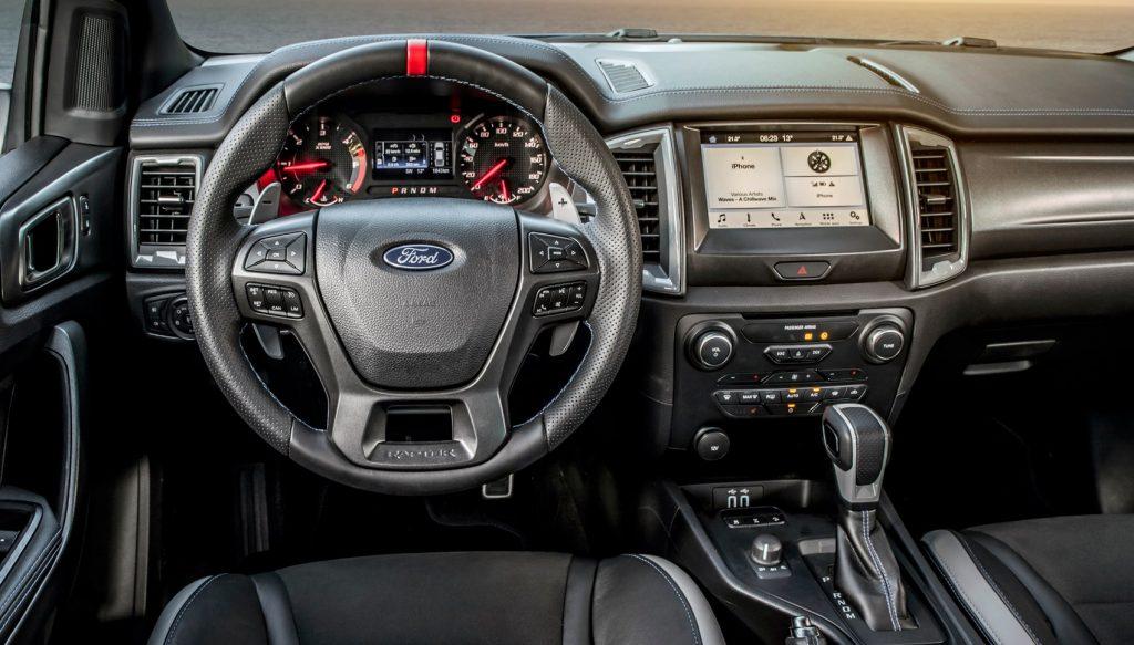 Новый Ford Ranger Raptor, передняя панель