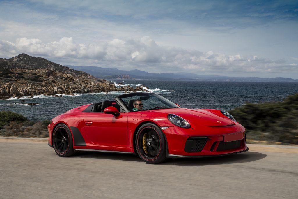 Porsche 911 Speedster, вид на переднюю диагональ