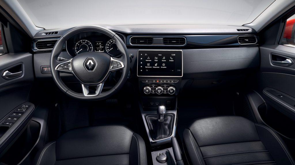 Новый Renault Arkana, передняя панель