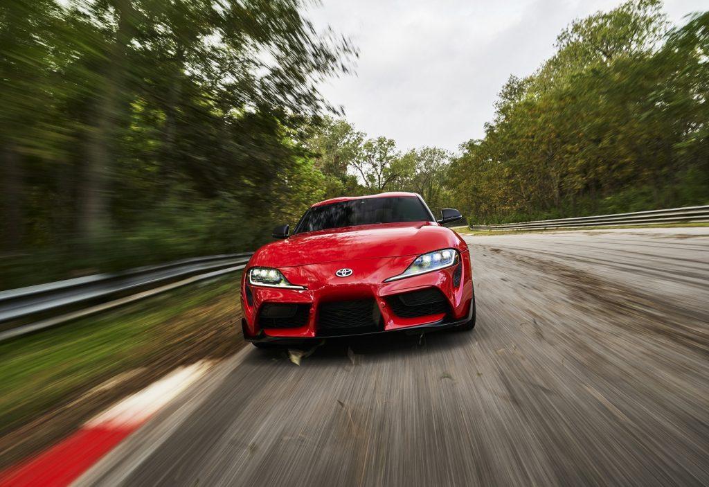 Toyota Supra 2019, вид спереди