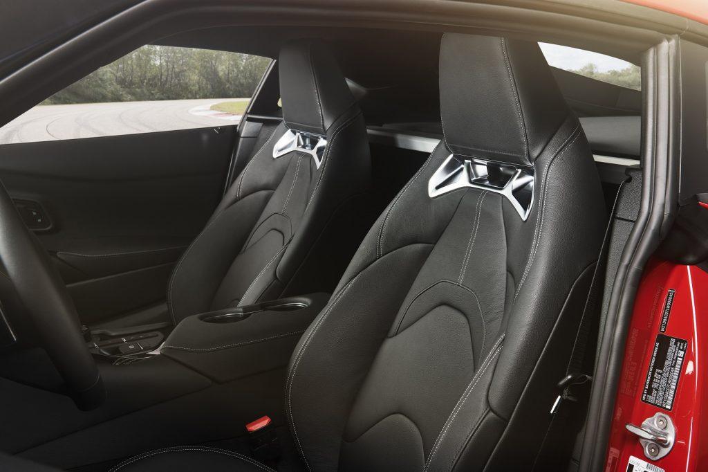 Новая Toyota Supra, сиденья