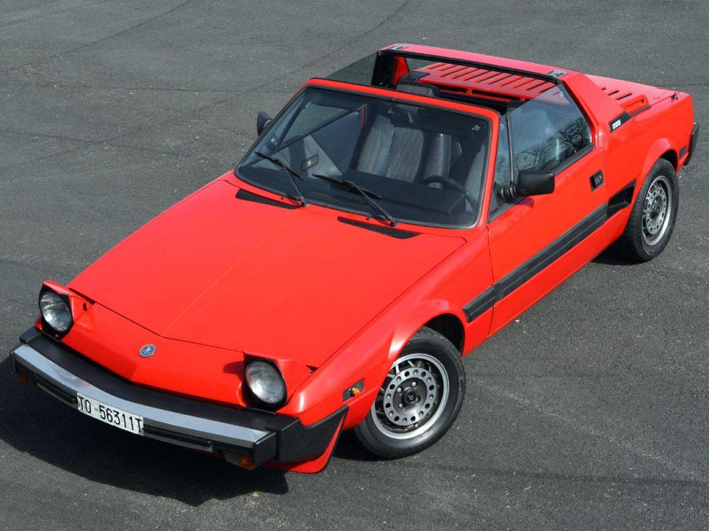 Среднемоторный Fiat X1-9