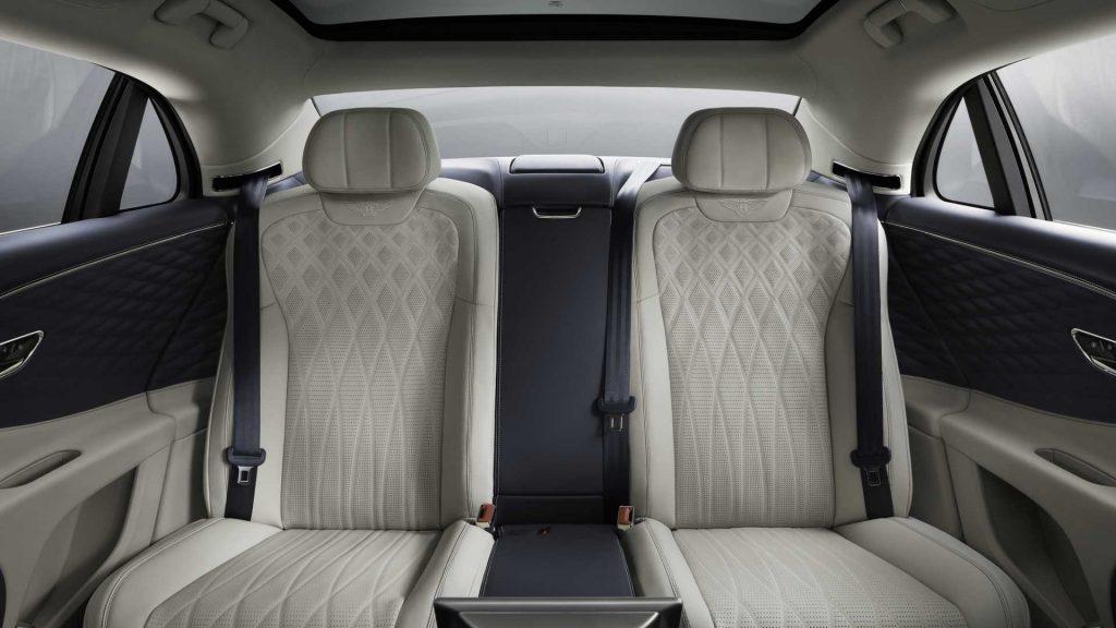 Bentley Flying Spur, задние сиденья