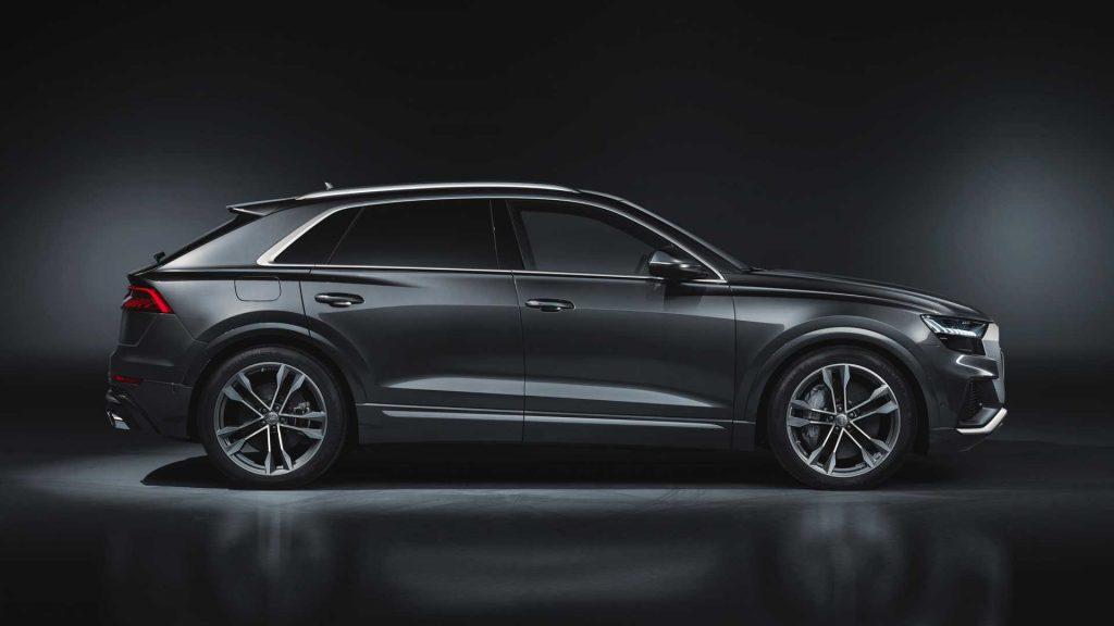 Audi SQ8 2019, вид сбоку