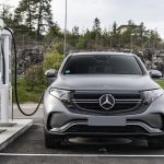 EQC 400 4MATIC; designo selenitgrau magno; AMG Line; Ledernachbildung ARTICO / Mikrofaser DINAMICA schwarz; (Stromverbrauch kombiniert: 20,8 – 19,7 kWh/100 km; CO2-Emissionen kombiniert: 0 g/km) //  EQC 400 4MATIC; designo selenite grey magno; AMG Line; ARTICO man-made leather / DINAMICA microfiber black; (combined electric energy consumption: 20.8 - 19.7 kWh/100 km; combined CO2 emissions: 0 g/km)