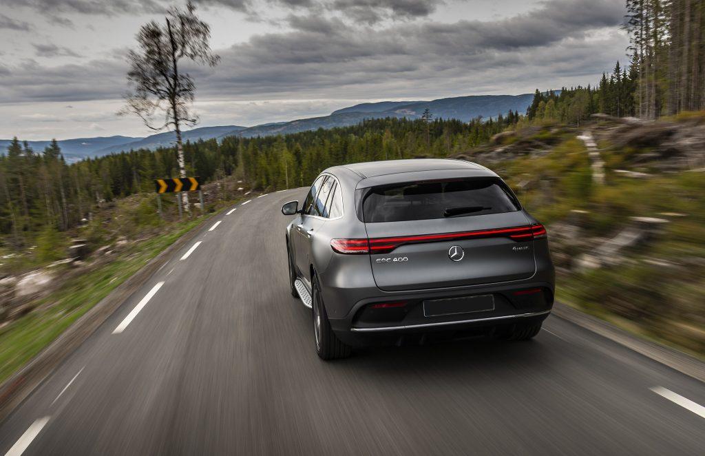 Mercedes-Benz EQC 2019, вид сзади