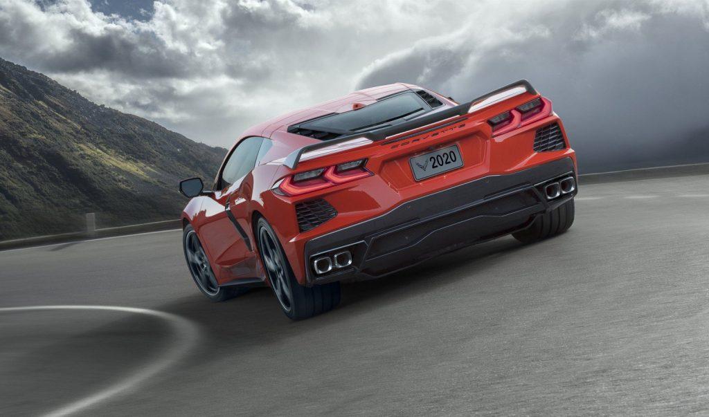 Chevrolet Corvette C8, вид сзади