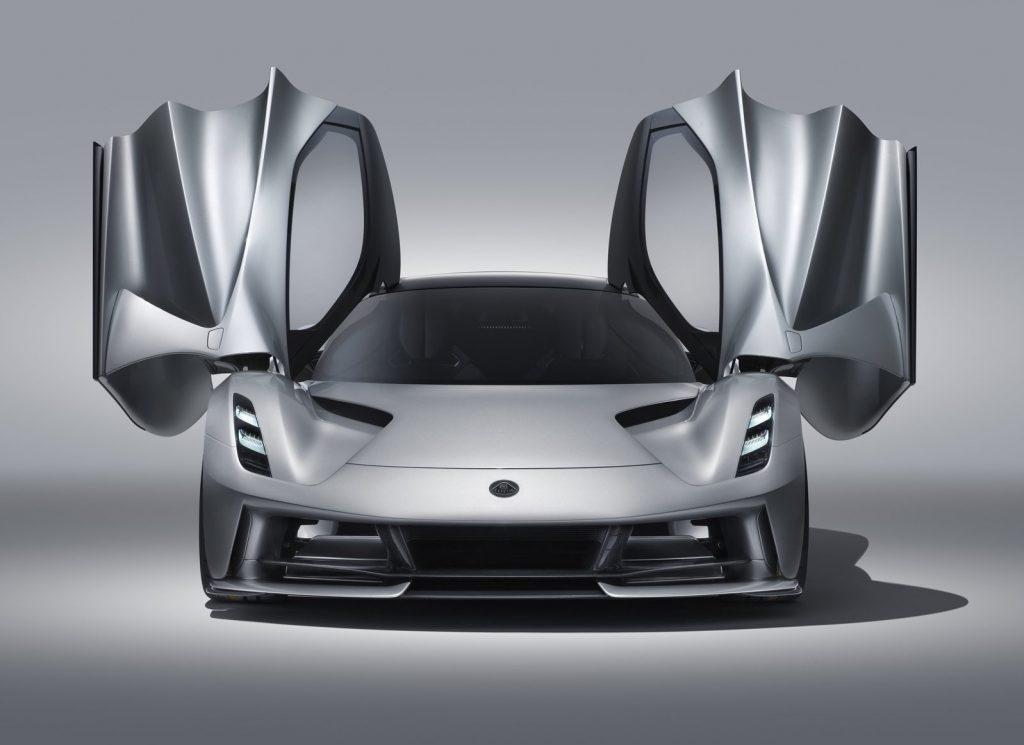 Lotus Evija 2020, вид спереди