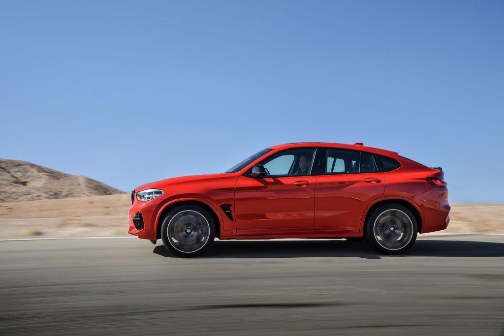 BMW X4 M 2019, вид сбоку