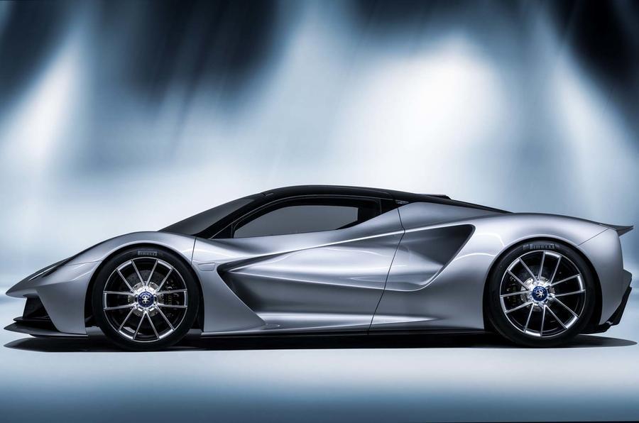 Lotus Evija 2020, вид сбоку