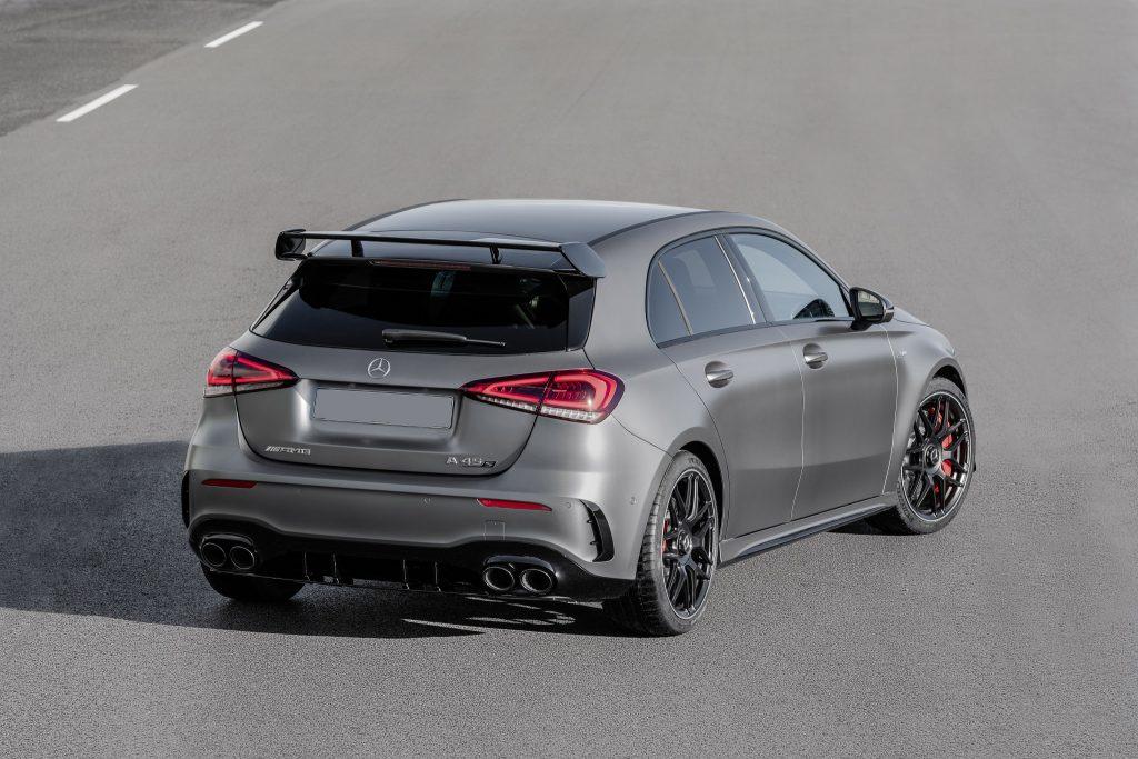 Новый Mercedes-AMG A45, вид сзади