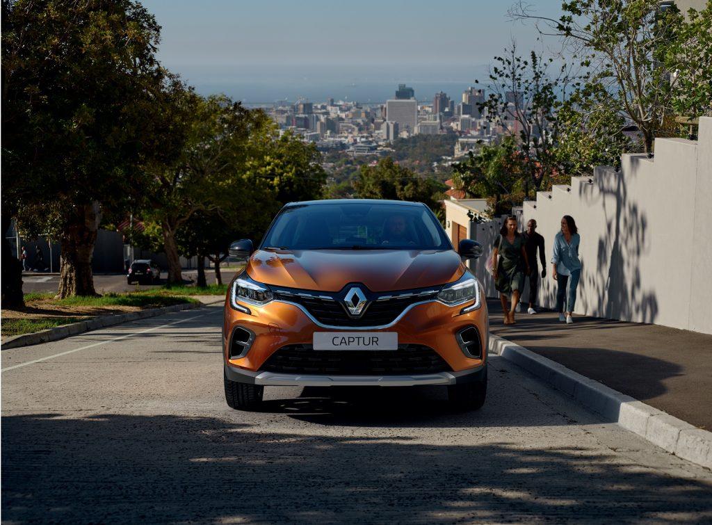 Renault Captur 2020, вид спереди