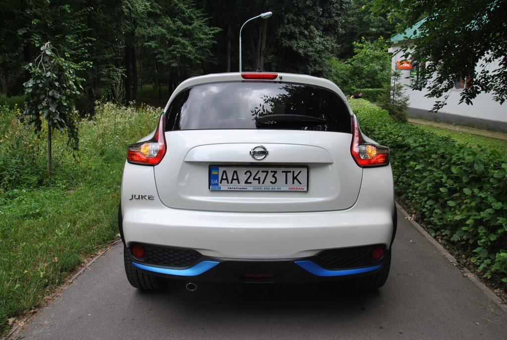 Новый Nissan Juke, вид сзади