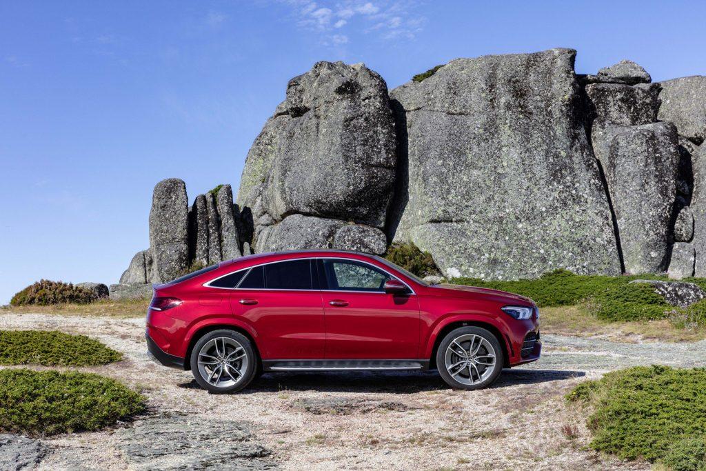Mercedes-Benz GLE Coupe 2020, вид сбоку