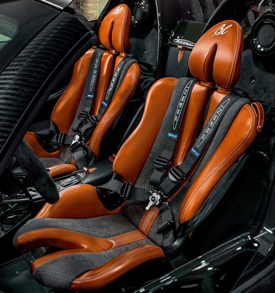 Pagani Huayra Roadster BC 2020, сиденья