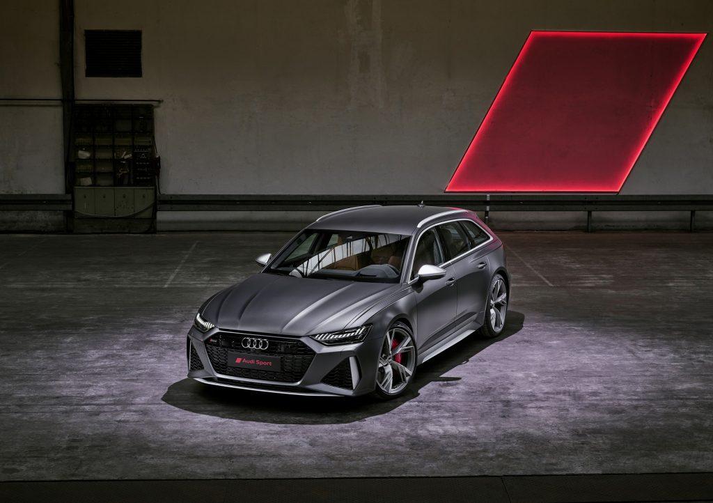 Audi RS6 Avant 2020, вид спереди
