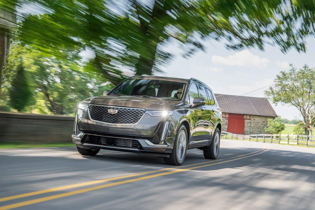 Cadillac XT6 2019, вид спереди