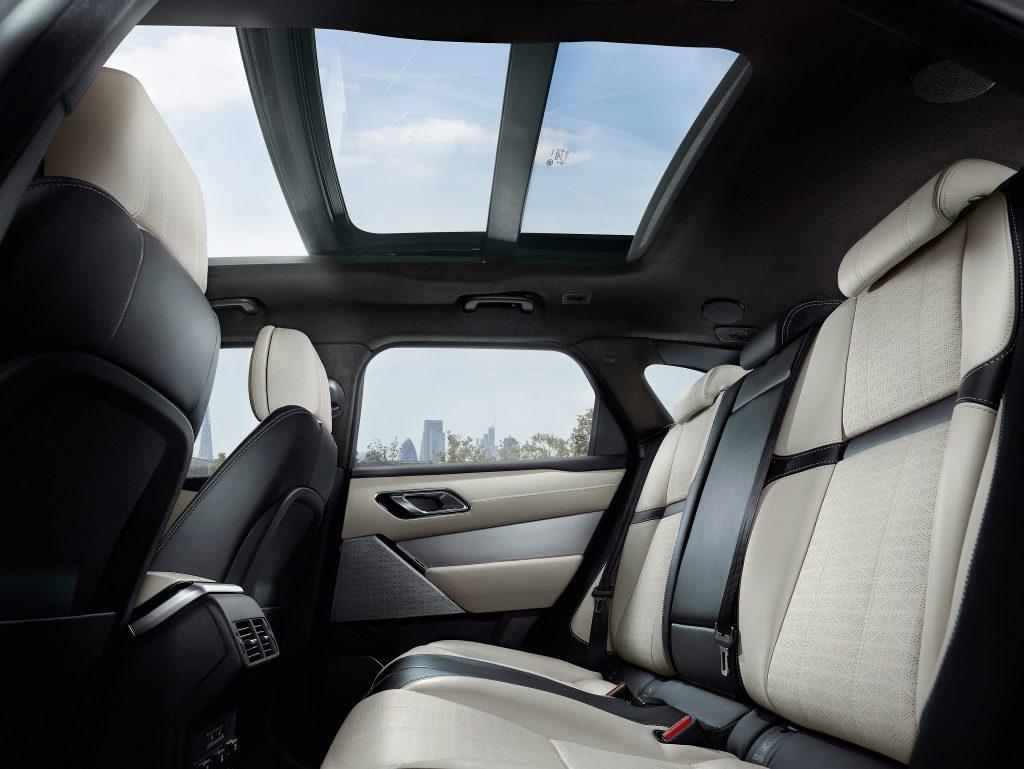 Range Rover Velar SVAutobiography Dynamic, задние сиденья