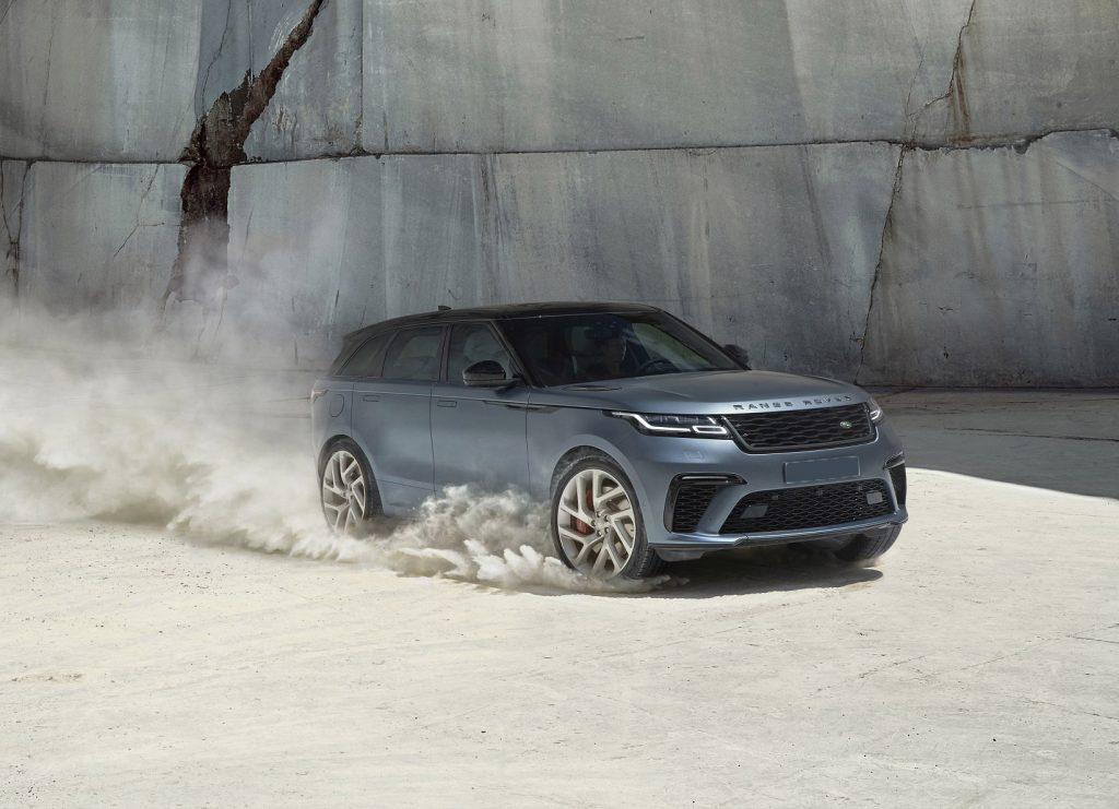 Range Rover Velar SVAutobiography Dynamic, вид на переднюю диагональ