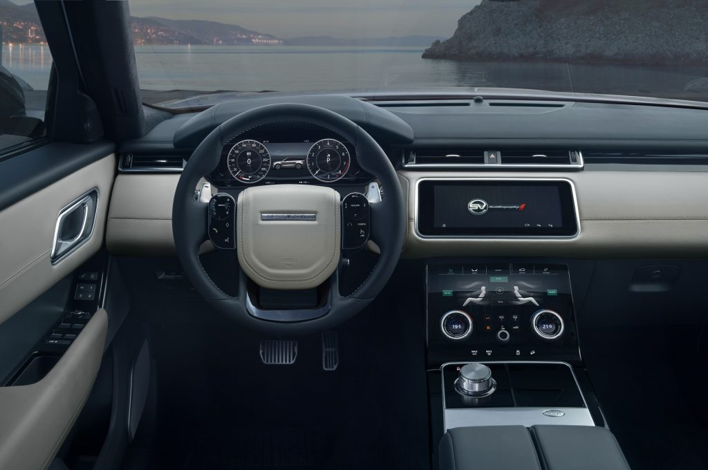 Range Rover Velar SVAutobiography Dynamic, передняя панель