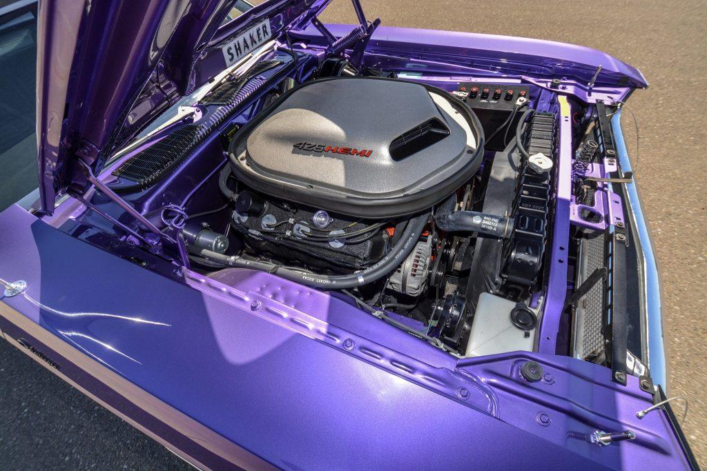 Легендарный V8 Hemi мощностью 425 л. с.