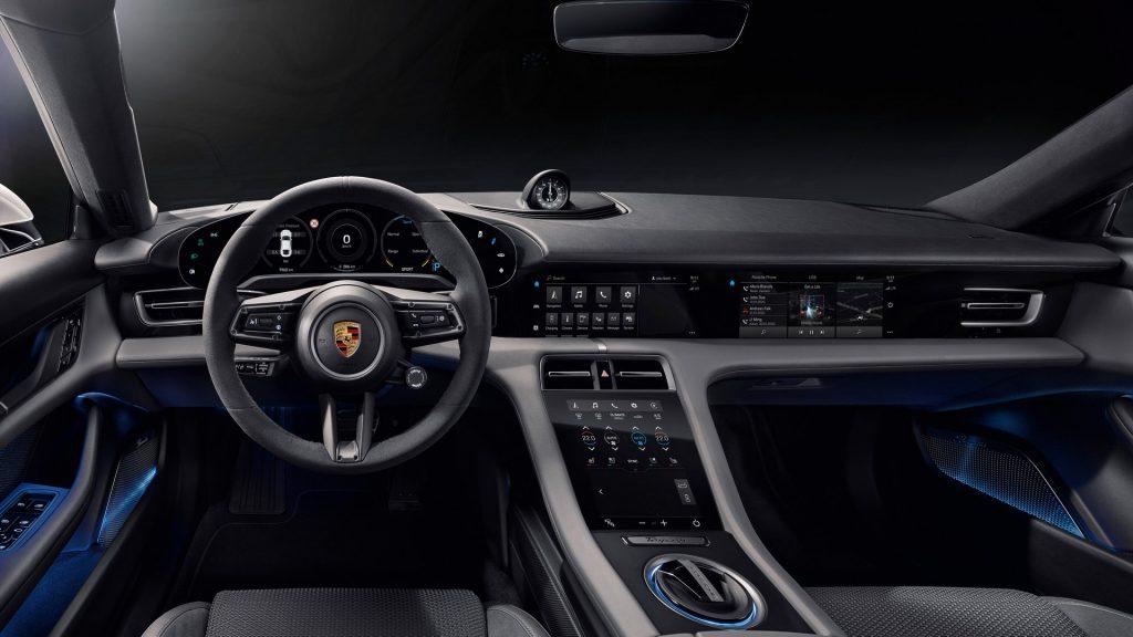 Porsche Taycan 2020, передняя панель