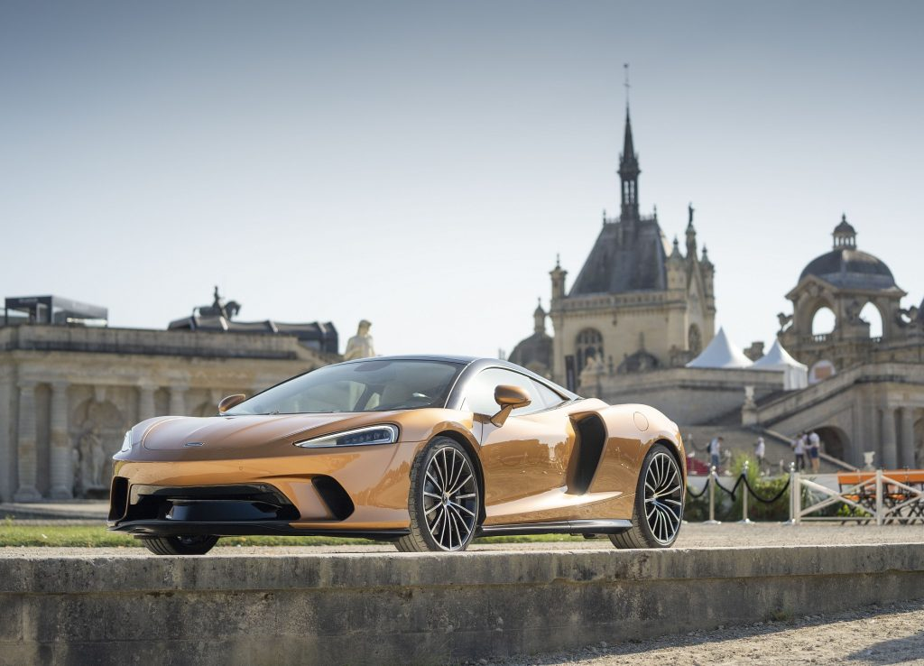 McLaren GT 2019, вид спереди