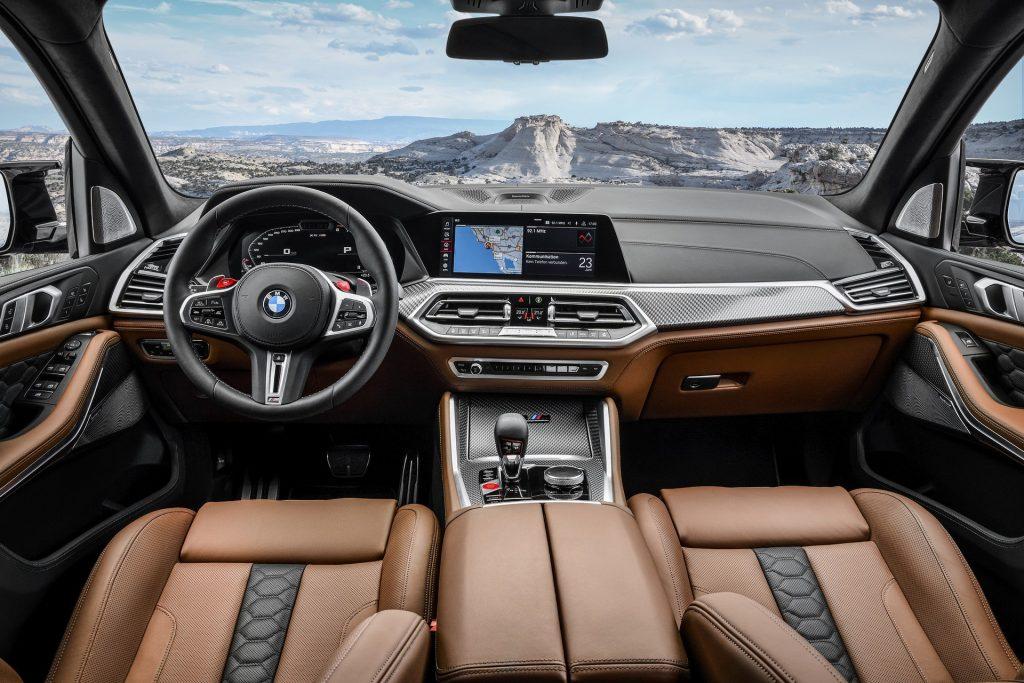 Новый BMW X5 M, передняя панель