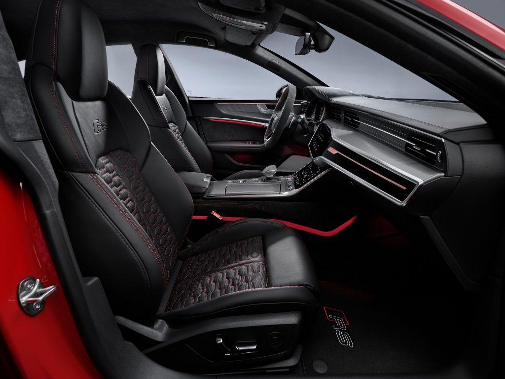 Новый Audi RS7 Sportback, передние сиденья