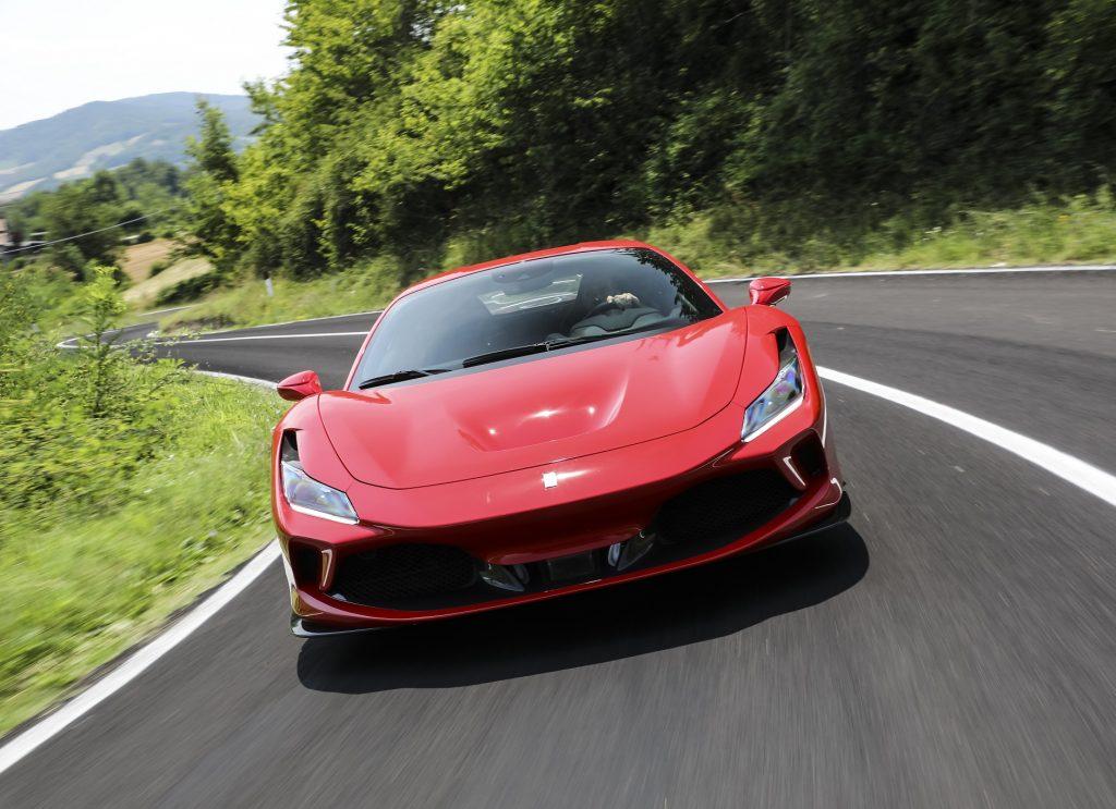 Ferrari F8 Tributo 2020, вид спереди