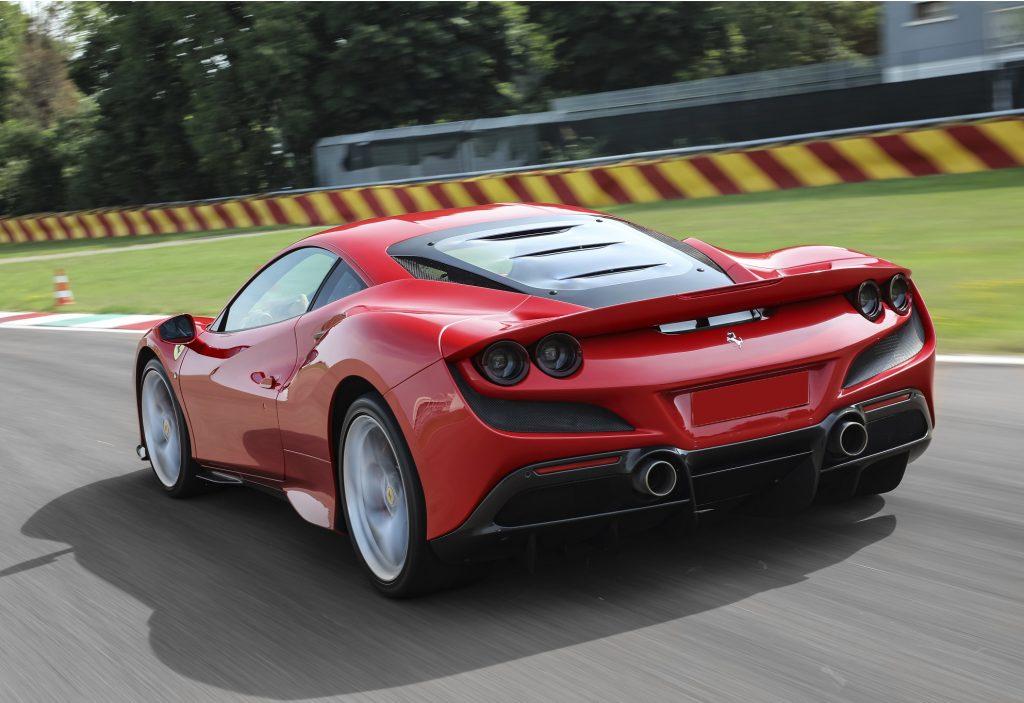 Ferrari F8 Tributo 2020, вид сзади
