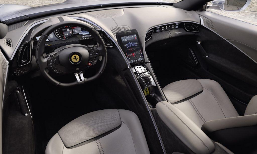 Новый Ferrari Roma, салон