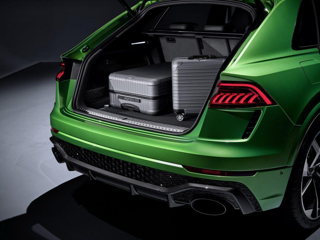 Audi RS Q8 2020, багажник