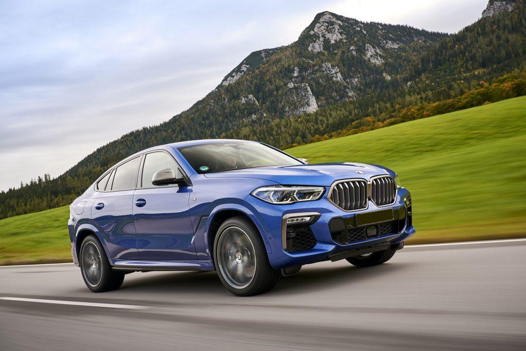 BMW X6, вид на переднюю диагональ