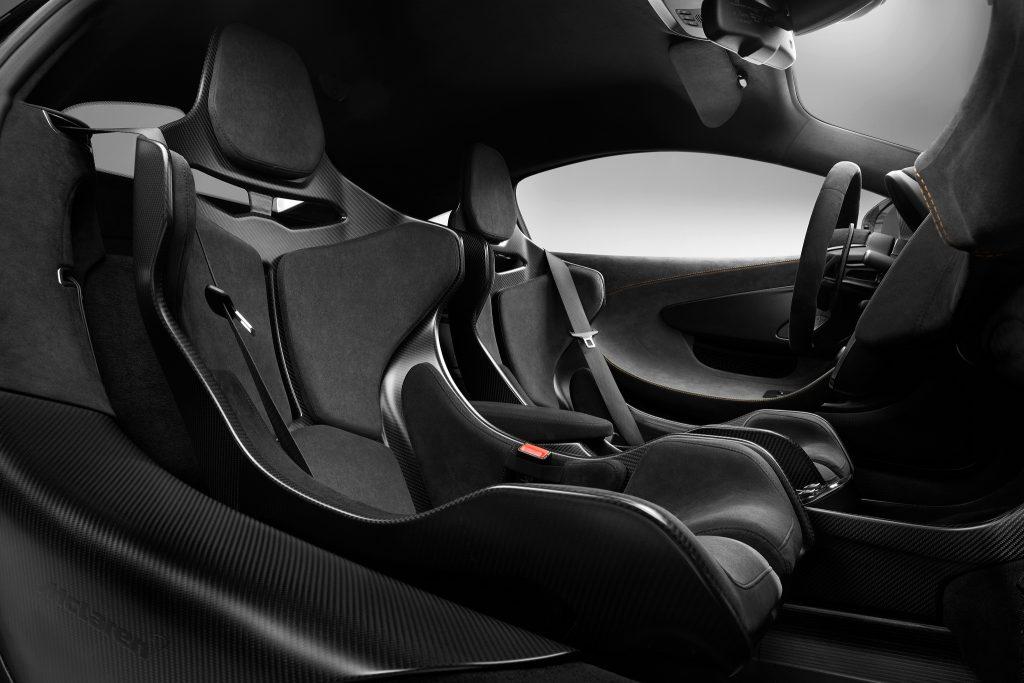 Новый McLaren 620R, салон