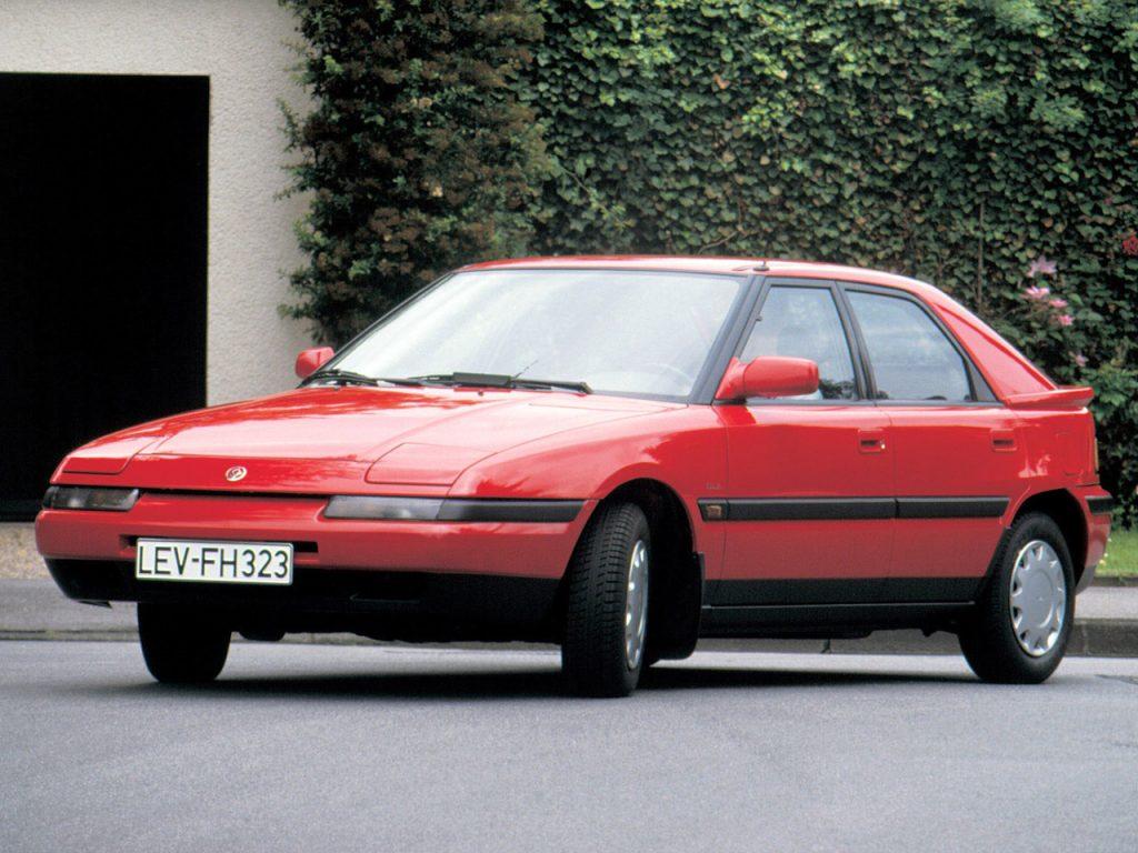 Mazda 323 1989 года