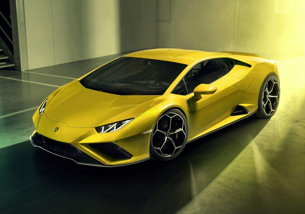 Lamborghini Huracan Evo RWD, вид на переднюю диагональ