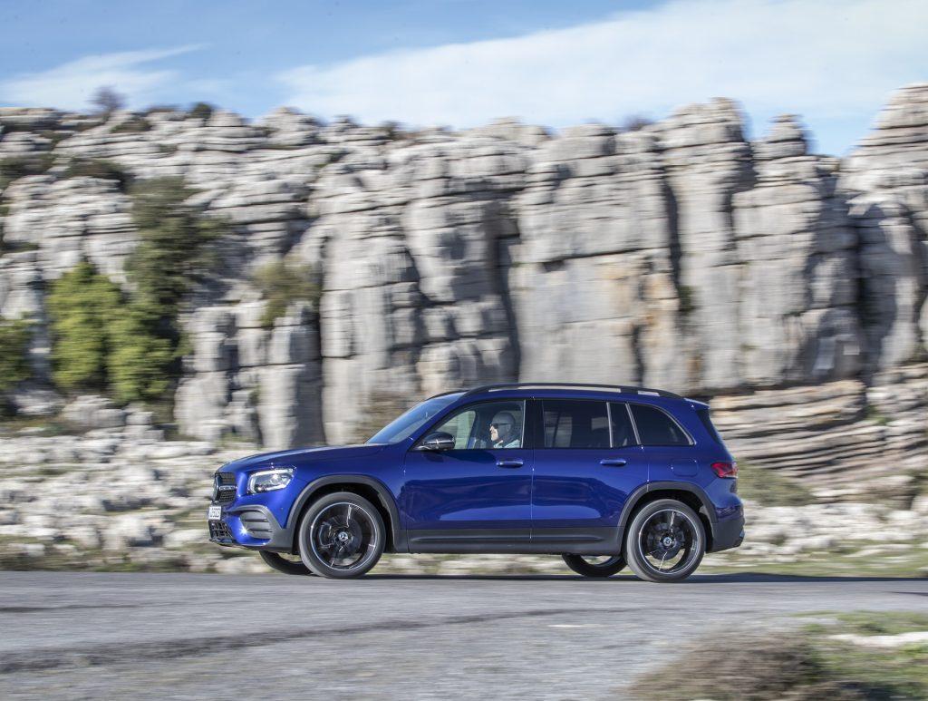 Mercedes-Benz GLB 2020, вид сбоку