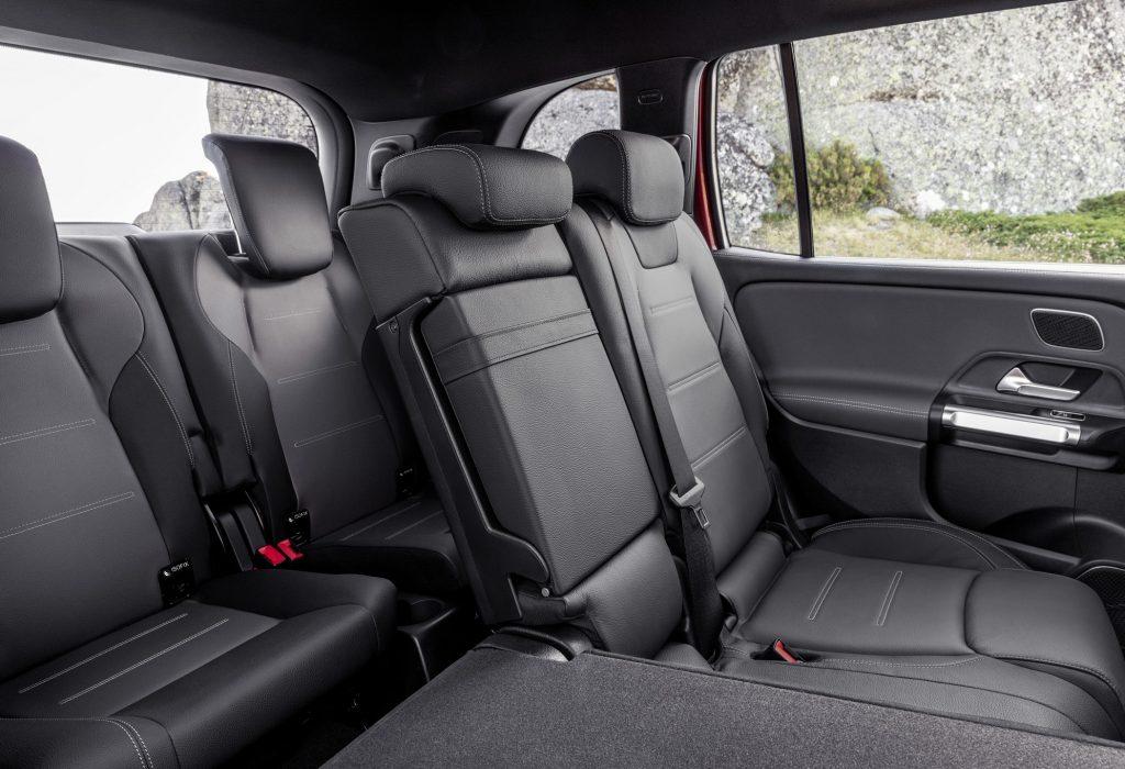 Новый Mercedes-Benz GLB, задние сиденья