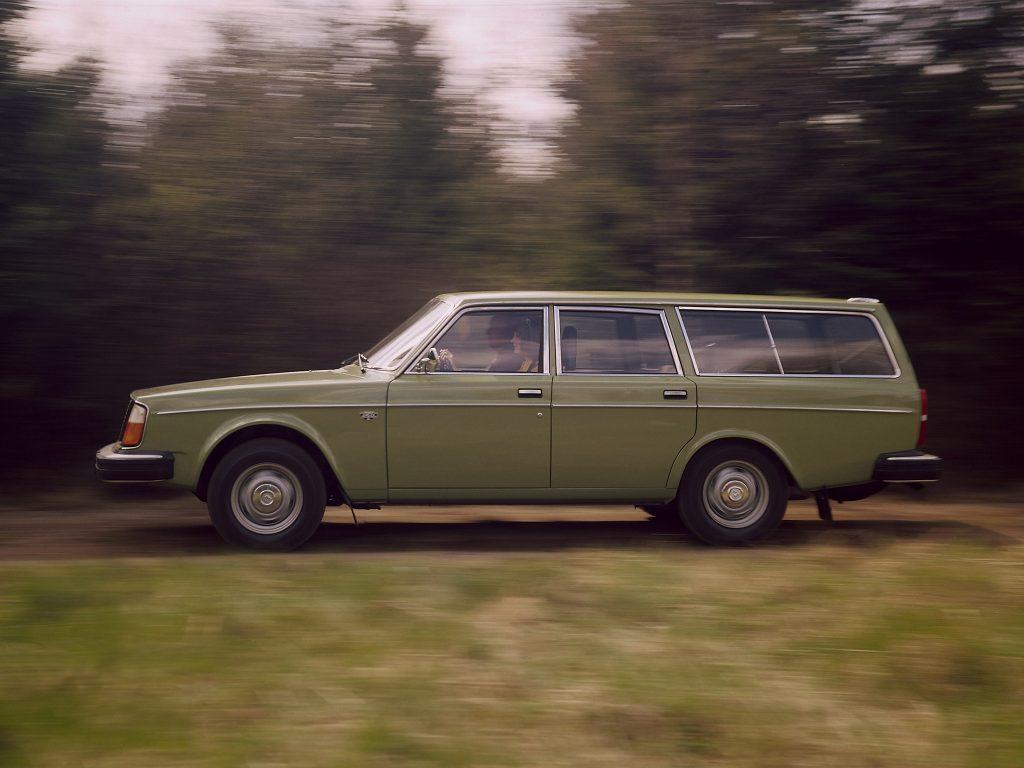 Универсал Volvo 245 1975 года