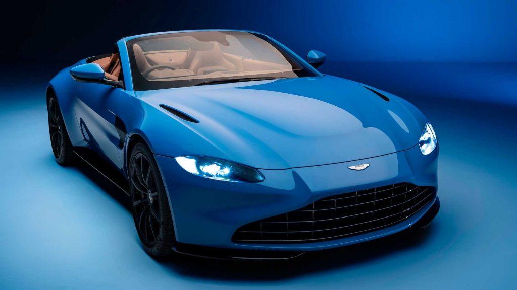 Aston Martin Vantage Roadster 2020, вид спереди